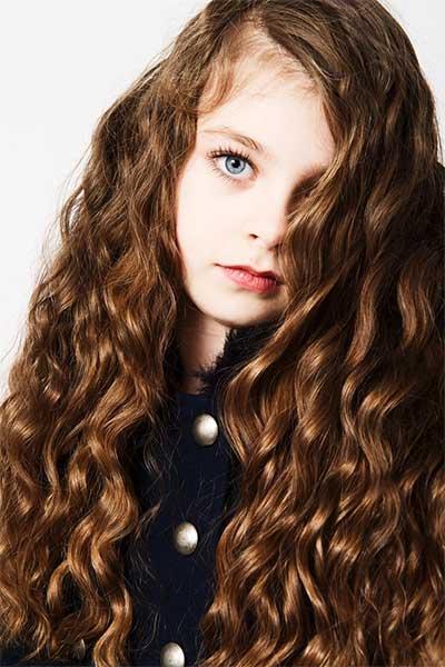 Isabel_M-profile